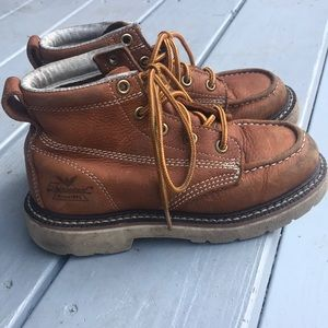 Thorogood work-boots for kids. Leather kids 13.5